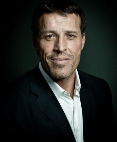 Wealth-Building Strategies From the 'Unshakeable' Tony Robbins That Anyone Can Use | GOBankingRates