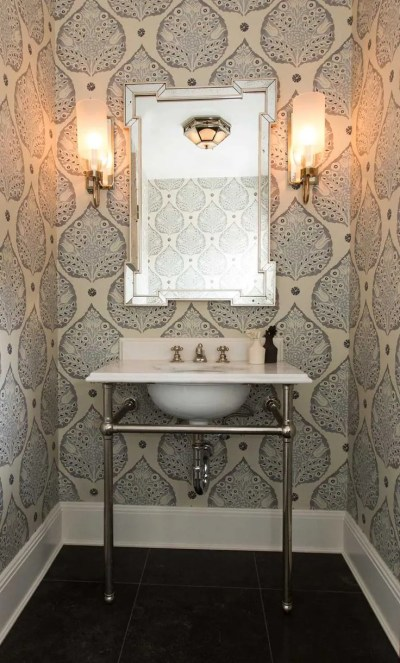 30 Gorgeous Wallpapered Bathrooms