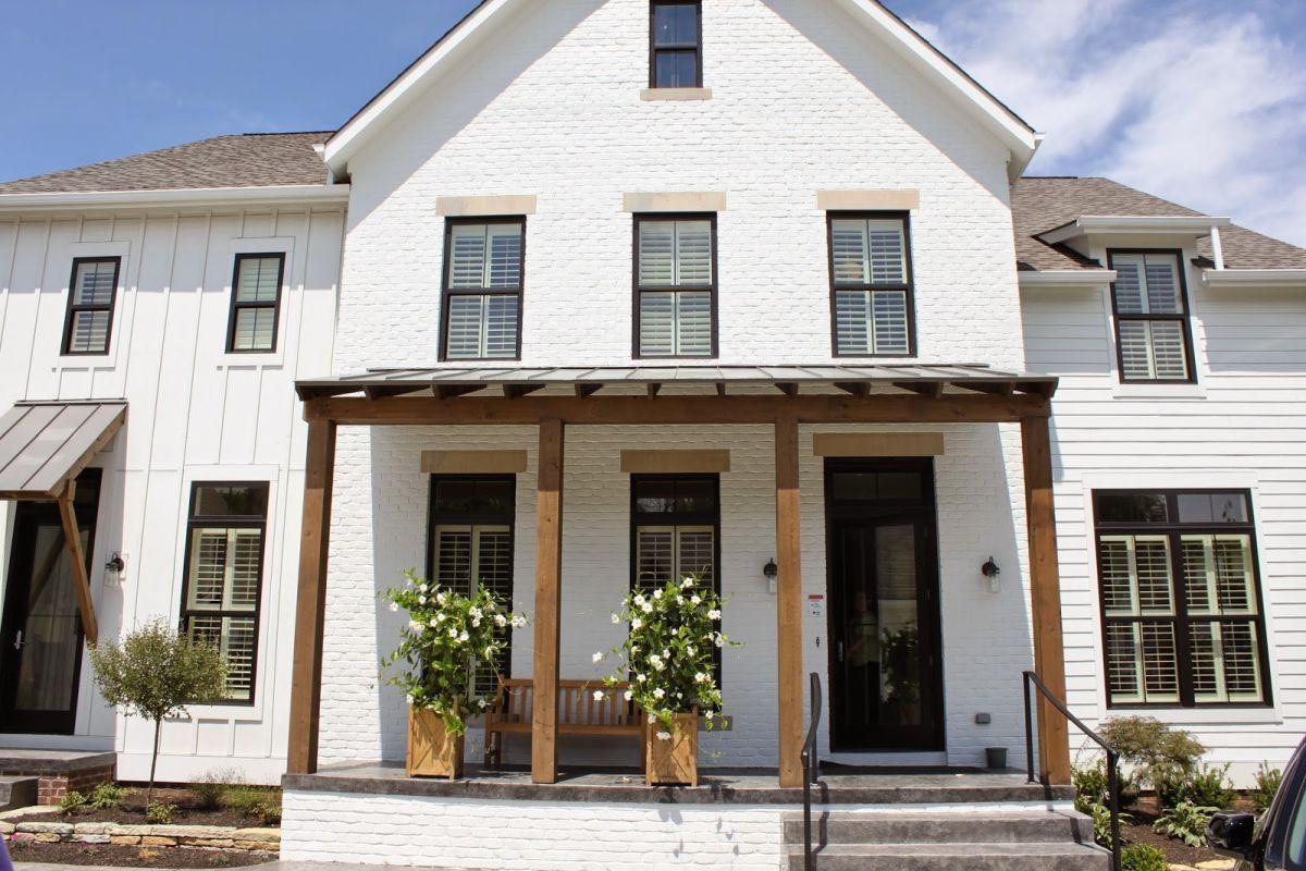 Fullsize Of White Brick House