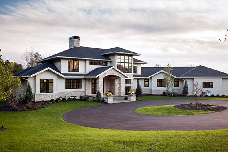 Contemporary Style House Plan - 4 Beds 3.5 Baths 4983 Sq ...