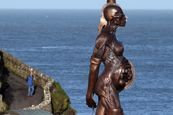 """Damien Hirst's """"Verity"""" Statue Installed in the UK"""