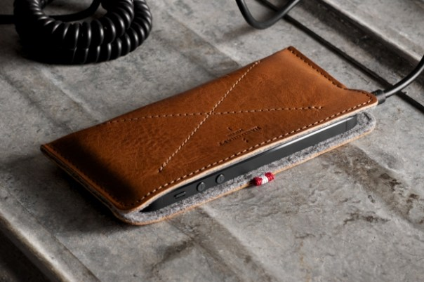 hard graft Skinny Fit iPhone 5 Case / Heritage