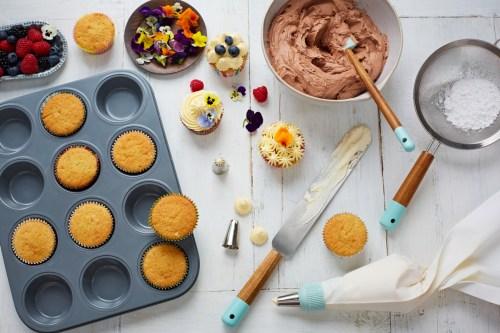 Medium Of Cake Decorating Tips