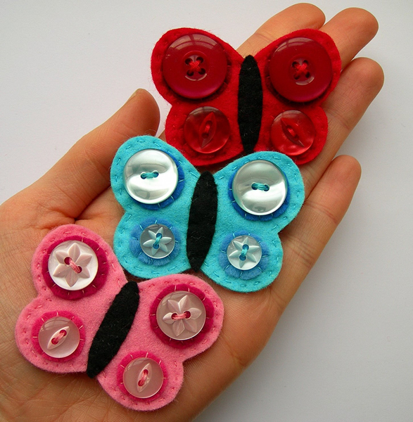 button_butterfly_brooch.jpg