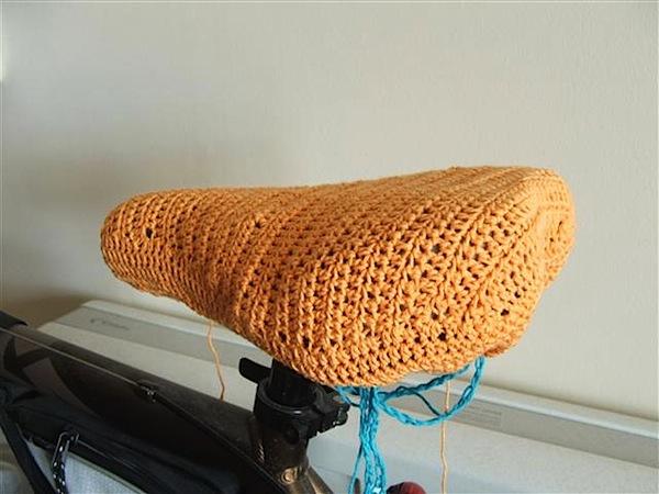 crochetbikeseatcover.JPG