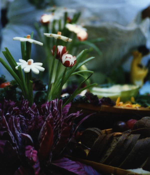 flowerscrop600.jpg