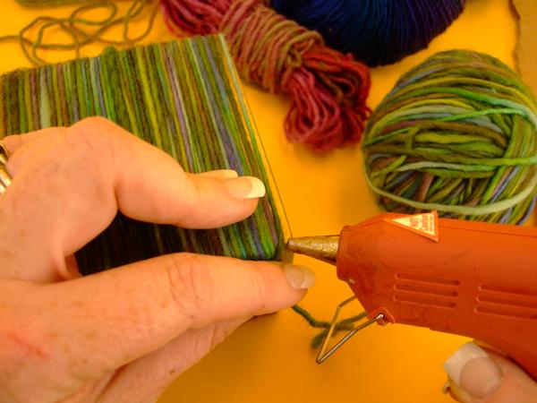 yarnwrappedvase_step4.jpg