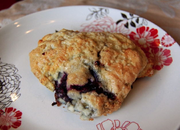 blackberry_scone_recipe.jpg