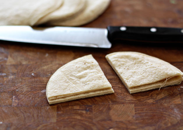 Tortillachips Cutintoquarters