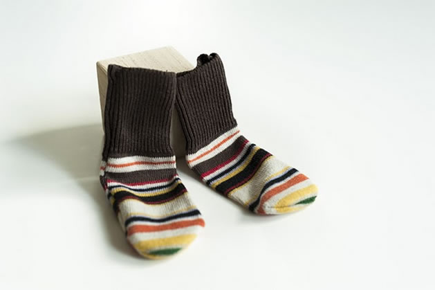 diy_baby_socks.jpg
