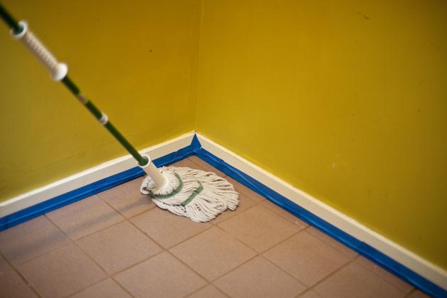 craftzine_painted_floor_05.jpg