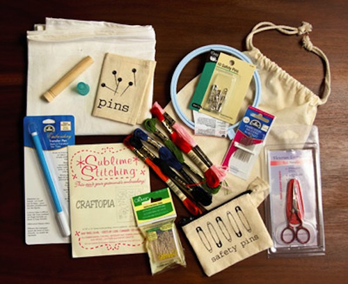 sewmamasew_deluxe_hand_sewing_kit.jpg