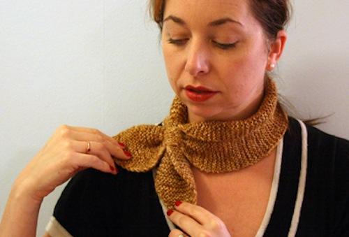 angrychicken_neck_scarf.jpg