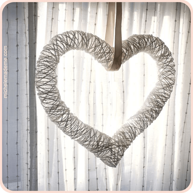 yarn_heart_wreath_michele_made_me.png