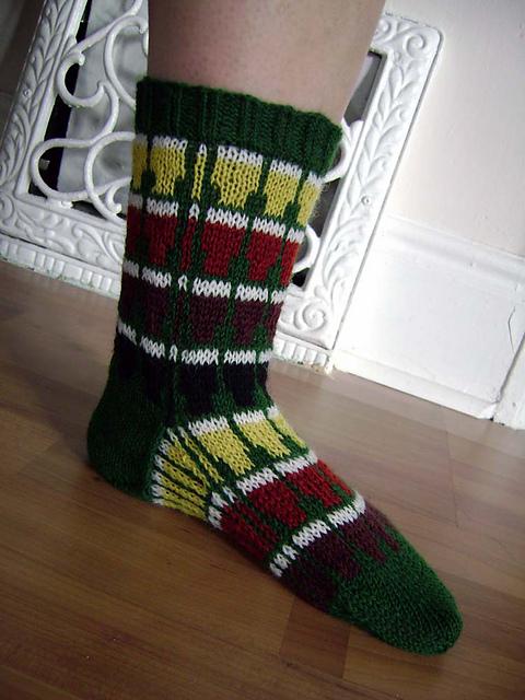 sillyjaneknits_beer_socks.jpg