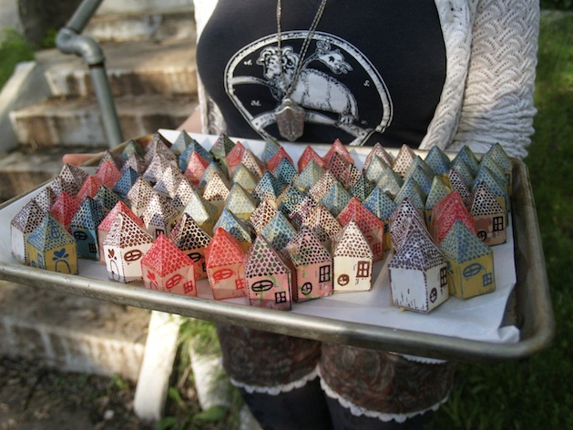Little_Houses_flickr_roundup.jpg
