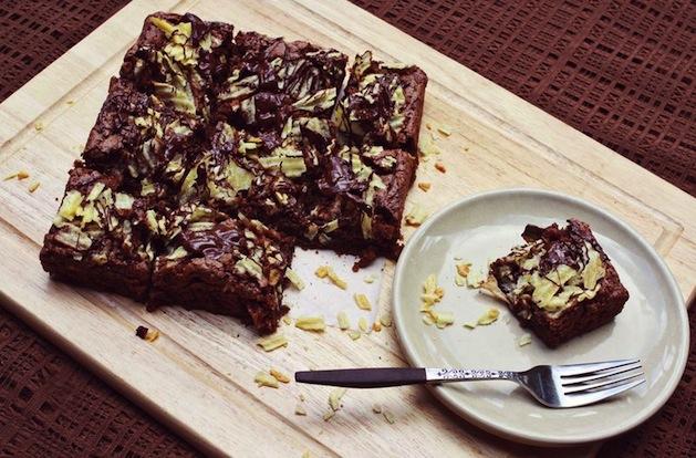 abeautifulmess_potato_chip_brownies.jpg