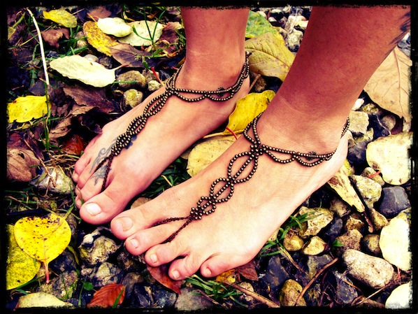 a_pair_of_barefoot_sandals_flickr_roundup