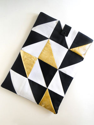 R29 geometric DIY laptop case