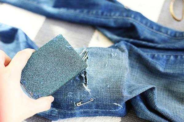 sayyestohoboken_distressed_jeans2