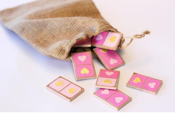 warmhotchocolate_valentine_dominoes