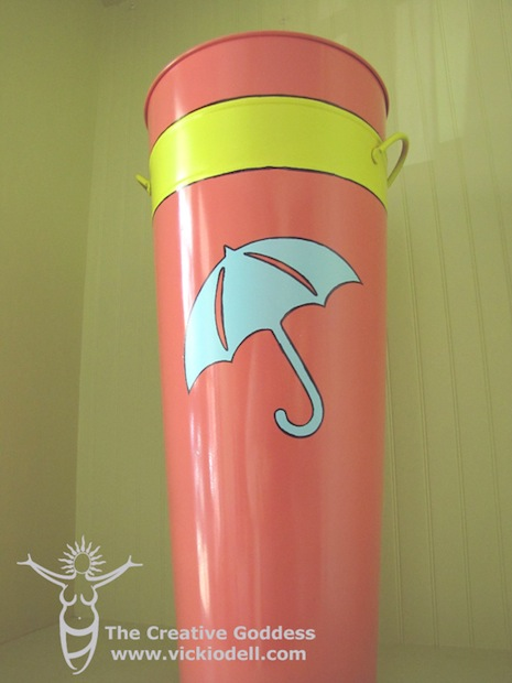 vickiodell_umbrella_stand_02