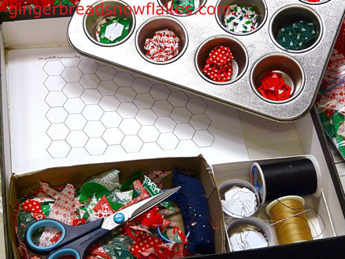gingerbreadsnowflakes_hexie_travel_kit_02