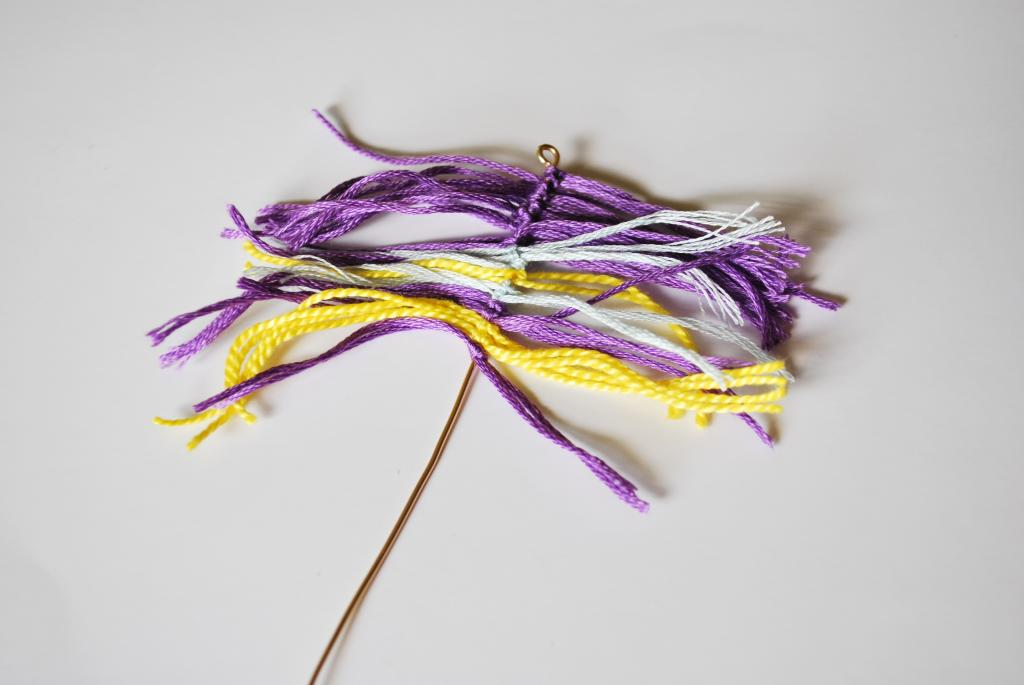 string feather necklace