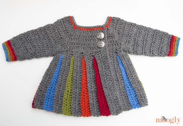 mooglyblog_rainbow_baby_sweater_01