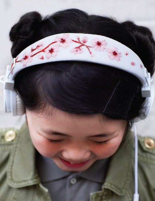 Sweet_Paul_Magazine_embroidered_headphones_01