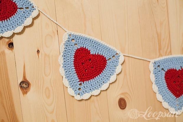 loopsan_granny_heart_bunting_01