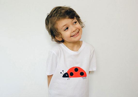 etsy_ladybug_kids_tee_01