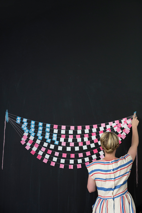 thehousethatlarsbuilt_fourth_of_july_bunting_01
