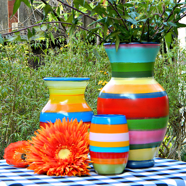 How to paint striped vases with an old record player make for Crafts with old records