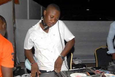 Ghana's DJ Mensa Rocked At Ghana Meets Naija-KOD