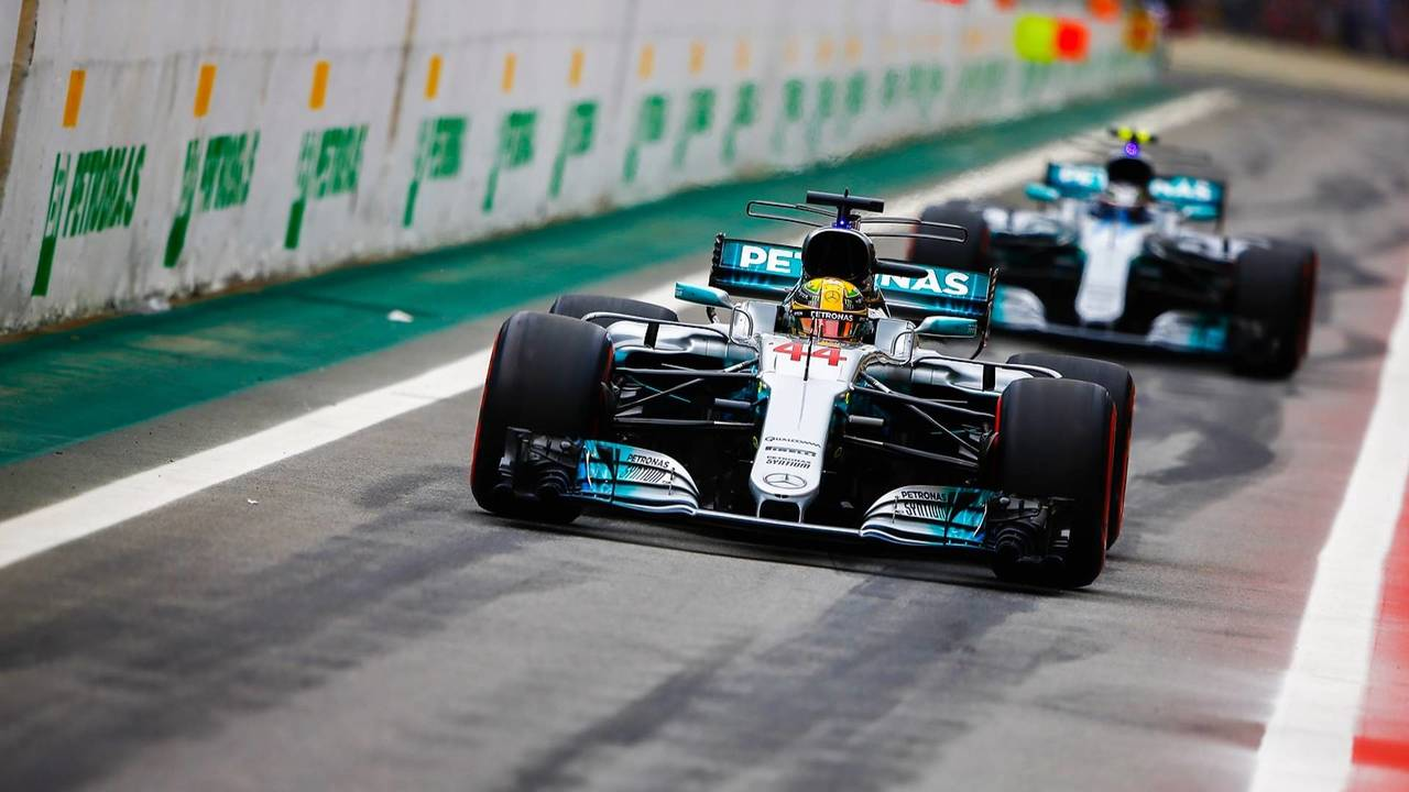 Compelling Pits Cyd Cross Out Pits Out Pits Inc Lewis Hamilton Mercedes Amg F1 W08 Valtteri Bottas Mercedes Amg F1 W08 Out bark post Out Of The Pits