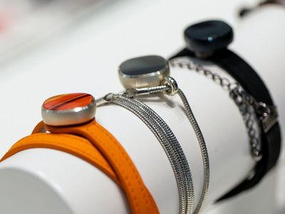 Samsung Charm 'Lifestyle Band' Activity Tracker Launched ...