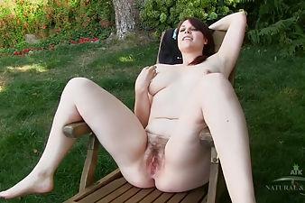 nerdy girl stripping