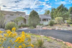 13616 Elena Gallegos Place NE, Albuquerque, NM 87111