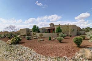 10701 Pino Avenue NE, Albuquerque, NM 87122