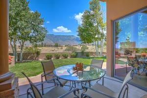 13419 Pino Canyon Place NE, Albuquerque, NM 87111