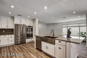 2017 Kitchen Open and spacious
