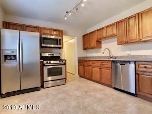 3026 W MONTE VISTA Road, Phoenix, AZ 85009