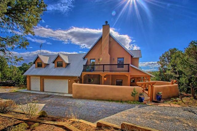 8 Anasazi Drive, Sandia Park, NM 87047