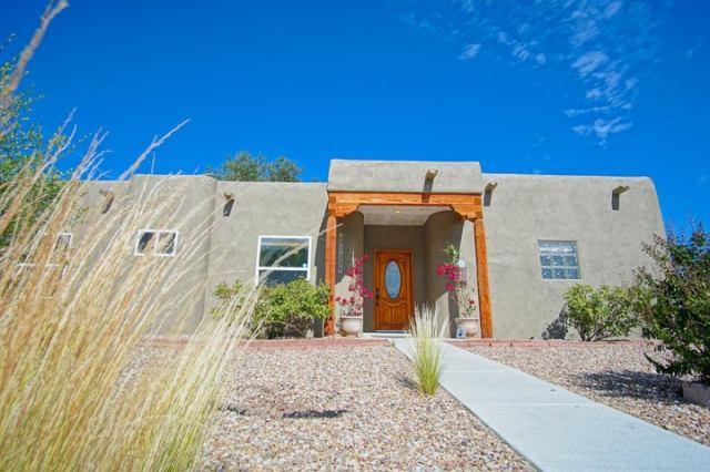3525 Cuervo Drive NE, Albuquerque, NM 87110