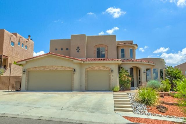 4015 Bryan Avenue NW, Albuquerque, NM 87114