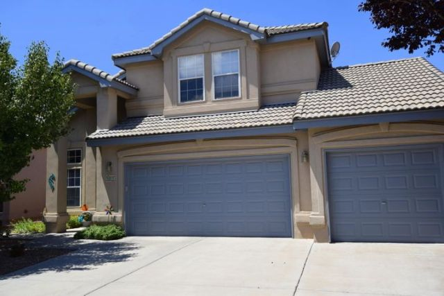 9015 Pinon Vista Court NE, Albuquerque, NM 87113