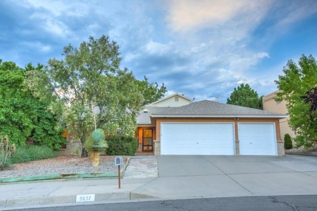 9637 Messervy Avenue NE, Albuquerque, NM 87109