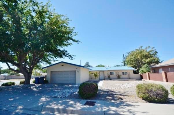 1401 Somervell Street NE, Albuquerque, NM 87112