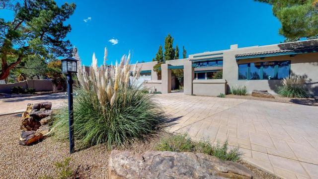 3407 St Andrews Drive SE, Rio Rancho, NM 87124